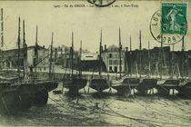 Les Thonniers, à sec, à Port-Tudy | Laurent H