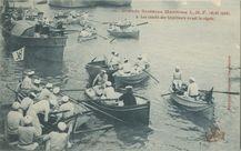 Les canots des torpilleurs avant la régate  