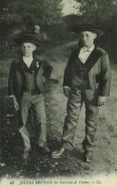 Jeunes Bretons des Environs de Vannes |