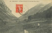 Le Vallon de Chavière et le Petit Mont Blanc (2685m) |