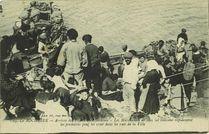 Arrivée des pêcheurs de sardines - Les marchands de sans sel enlèvent rapidement les premières pour les crier dans les rues de la Ville |