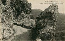 Tournant dangereux Route de Pierrefort à Lussac  