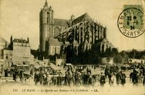 Le Marché aux Bestiaux et la Cathédrale |