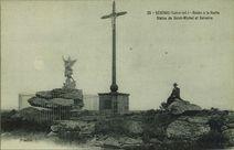 Roche à la Vache. Statue de Saint-Michel et Calvaire |