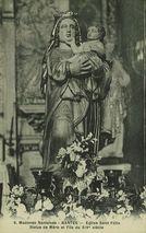 Eglise Saint Félix. Statue de Mère et Fils du XIVe siècle |