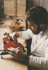 Daniel LAFONTAINE, luthier | Laversanne Pierre