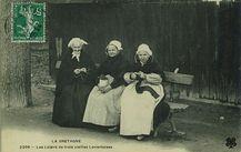 Les loisirs de trois vieilles Lorientaises |