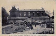 Le Square de la Gare |