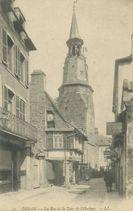 La Rue et la Tour de l'Horloge |