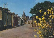 Rue principale et église |