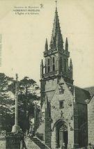 Environs de Rostrenen - L'Eglise et le Calvaire |