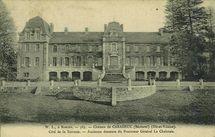 Château de Caradeuc - Côté de la Terrasse. Ancienne demeure du Procureur Général La Chalotais - |