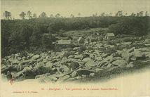 Vue générale de la cascade Saint-Herbot |