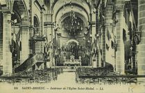 Intérieur de l'Eglise Saint-Michel. |
