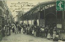 Halle aux poissons et rue des viviers |
