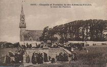 Chapelle et Fontaine de Ste-ANNE-la-PALUD, le jour du Pardon  