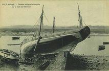 Thonier jeté par la tempête sur la Cale de Kéroman |
