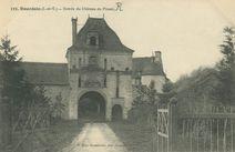 Entrée du Château du Plessis |