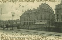 Palais du commerce |