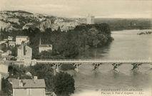 Vue vers le Pont d'Avignon  