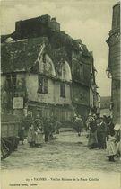 Vieilles Maisons de la Place Cabello |