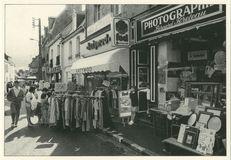BRADERIE DU 3/8/1987 PLACE DE L'EGLISE BOUTIQUE DU PHOTOGRAPHE | Kervinio Yvon
