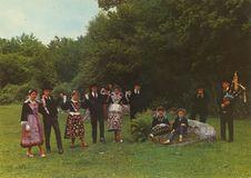 COSTUMES DE BIGNAN LOCMINE SAINT-JEAN-BREVELAY |