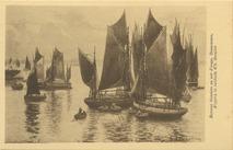 Bateaux thonniers un soir d'orage, Douarnenez, d'après le tableau d'E. Bouillé | Bouille Etienne