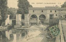 Le Moulin Brûlé |