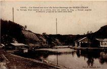 Le Canal en aval du futur Barrage de GUERLEDAN |