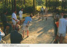 La famille Couellan au jeu de quilles | Quinquis J.
