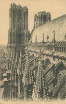 Arcs-boutants et Tours de la Cathédrale |